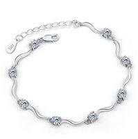 HYWo Exquis Stylish style exquise et minimaliste exquis 925 argent sterling Bracelet de manchette en cristal de zircon Autriche pour les femmes cadeaux