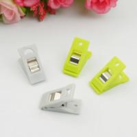 Groothandel groothandel nieuwe plastic, kleine kleur, bijl clip, tafelkleed clip