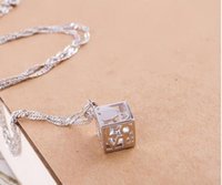 Plata de ley 925 plateada Love Cube Colgante Joyas Caja de diamantes Cadena Mujer Love Cube Square SIN CADENA Regalo de Navidad