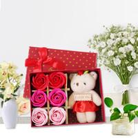 الجملة هدايا عيد الحب الإبداعية 6 دب صغير روز الصابون زهرة هدية مربع الزفاف اكسسوارات الديكور زهرة