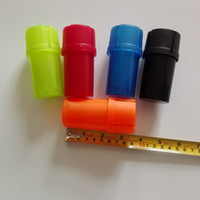 Moedor de garrafa de plástico Abrader Fumar ferramenta acessórios mão tabaco erva estojo de armazenamento 3 moedores camada triturador 5 cores