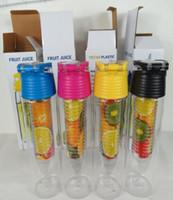 700ML تريتان الفاكهة الرياضة زجاجة ماء غرس زجاجات إينفوسير مع مقبض حمل كثير لون خيار A013