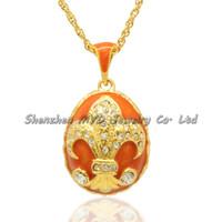Venta al por mayor de joyería de moda regalos Franch flor flor de lis hecho a mano color esmalte estilo ruso Faberge huevo colgantes collar