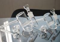 Стекло Bubbler Comb Проц Стекло Молот Bongs Водопроводные трубы Трубы ручной 12см Tall 14мм 18мм Joint Размер стеклянные бонги нефтяных вышек