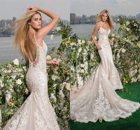 2017 Lace Mermaid Bröllopsklänningar Brudklänningar Sexiga Beaded V Neck Spaghetti Straps Backless Chapel Train Vestidos de Novia