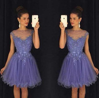 2016 New Beaded Purple Mini Abiti Homecoming Breve Lilla Cap Sleeve Cocktail Party Abiti Appliques Abiti di Laurea Robe Cocktail Courte