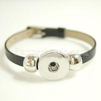 Venta al por mayor Snap Bracelet Bangles Pulseras de cuero negro de alta calidad Fit 18mm Diy Partnerbeads Snaps Button Jewelry Kb0994 Regalo de Navidad