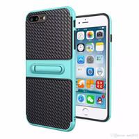 Cargador de teléfono móvil viajero stent de fibra de carbono 2 en 1 cubierta de protección contra caídas para el iphone 5 / 5S 5SE 6 / 6S 6 plus / 6Splus 7 7 plus Samsung s7 S8 plus