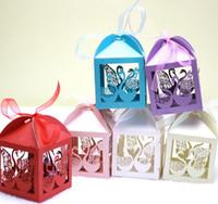 100 sztuk Laser Cut Hollow Swan Candy Box Chocolates Pudełka ze wstążką na wesele Party Baby Shower Favor Prezent