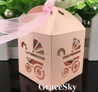100 teile / los kostenloser versand laserschneiden niedlichen baby auto design papier süßigkeiten schokolade snack boxen für geburtstag baby shower party dekoration