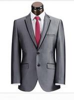 Grey Wedding Suits für Bräutigame Smoking Design für Männer nach Maß 3 Stück 4 Button Manschettenknöpfe personalisierte Smoking