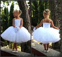 2021 En Yeni Beyaz Bebek Çiçek Kız Elbise Düğün Diz Boyu Boncuklu Kız Elbise İçin
