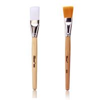 1 pc Professionnel Maquillage Brosses Masque Brosse DIY Du Visage Doux Poils Synthétiques Poignée de Bois Make Up Brosse Comestic Outil 2 Couleurs