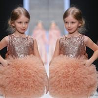 Härlig Kort Flower Girls Dresses Jewel Neck Sekvenser Puffy Ruffles Tulle Girl's Dresses for Wedding 2017 Custom Made Mini Födelsedag Klänningar
