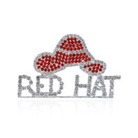"""الجملة- حجر الراين قبعة حمراء موضوع مجوهرات """"قبعة حمراء"""" كلمة بروش دبابيس للمجتمع قبعة أحمر السيدات"""