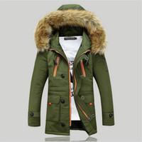 Al por mayor-2015 Nuevo Invierno Mens Parka Ropa Hombres Gruesos Chaqueta Abrigo Con capucha de piel Chaquetas de alta calidad de los hombres más el tamaño Vestidos venta caliente