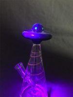 Ouverture aux ultraviolets UFO bong en verre 7 pouces Heady fumeurs Pipes Oil Rig 14mm Verre en verre ColorfulRed Bong UFO diffuseur