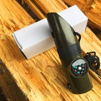 하나의 다기능 야외 생존 휘슬에 7 일 구명 기능 휘발유 온도계 나침반이있는 LED 램프 7 1