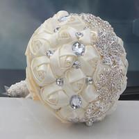 Marfim casamento Buquês de Buquês de Buquês de Flor Fornecimentos Artificiais Flor Cristal Doce 15 Quinceanera Buquês W228-B