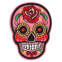 20 unids Parche de Flores DIY Cráneo Bordado Parches Insignias de tela Hierro-En la costura Para Bolsas Parches Ropa Sombrero Ornamento Decorativo