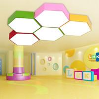Geometri yaratıcı renk altıgen çalışma led tavan lambası anaokulu sınıf tavan ışıkları merkez giyim mağazası ofis LED lamba eğitim
