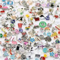 Hot all'ingrosso 100 pz / lotto Medaglione galleggiante Charms Bulk Mescola Molti Stili Multi Designs Monili per gioielli per i medaglioni in lega di zinco ciondolo