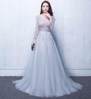 Sexy Illusion Abendkleider Spitze formal 2019 Elie Saab Prom Kleider Kleider mit einer Spitze Applique Perlen Crew Hals Lange Ärmel Günstige Ade017