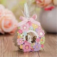 الليزر قطع زفاف لصالح صناديق هدايا الزفاف للضيف زهرة كاندي صندوق 50 قطع أكياس حلوى الزفاف الوردي الصغيرة ورقة مربع الشوكولاتة