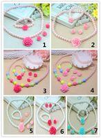 Precioso bebé niña perlas de imitación perlas joyería rosa flor collar pulsera anillos pendientes conjunto niños niños regalo