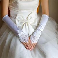 Guanti senza dita da sposa 2017 guanti Nuova sposa con appliqued abito da sposa elegante bianco / avorio / rosso / nero Accessori matrimonio