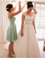 Vintage wedding dresses 2018 portrait square neck lace appli...