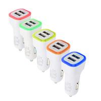 Taşınabilir Tasarım LED Işık Oto Araç Şarj 5 V 2.1A İki Çift USB Mini Evrensel er iPhone7 6 S Samsung HTC için HuaweiColorful Şarj Adaptörü