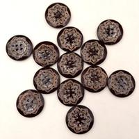 Botones de madera de 25 mm de café 4 agujeros para la caja de regalo hecho a mano Scrapbooking artesanía decoración del partido de bricolaje de costura dibujar accesorios