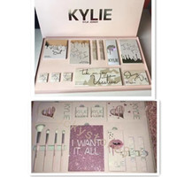 Kylie Vacation birthday Edition Collection Makeup set I want...