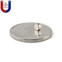 300pcs Vente chaude petit disque 4x2 4 * 2mm aimant permanent D4x2mm aimant de terre rare 4mmx2mm 4 * 2 aimant en néodyme NdFeb 4x2mm livraison gratuite