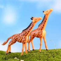 30 pz Artificiale Mini Cervo Sika Fairy Garden Miniature Gnomi Moss Terrari Resina Artigianato Figurine Per La Decorazione Domestica