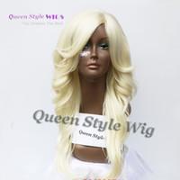 섹시한 여자 가발 파스텔 금발 긴 물결 모양의 곱슬 머리 가발 경사 프린지 헤어 스타일 가발 합성 창백 금발의 가발