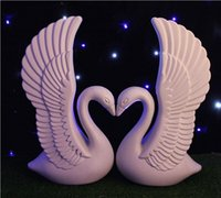 2 pz / lotto Romantico White Swan Plastica Roman Column Wedding Welcome Area Decorazione Photo Booth Props Forniture Spedizione Gratuita