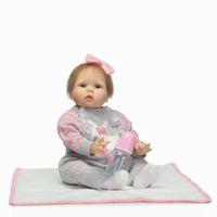 Reborn Baby Doll 22 pulgadas 55 cm Chica de vinilo de silicona Muñeca Pelo rubio Suave Body Alive toddler Baby Chiristmas Regalo para niños