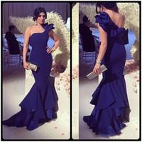 Navy bleu satin satin sirène robe de soirée longue de neuf arrivée simple froncée à une épaule robe robe robe de soiire personnaliser robe de bal