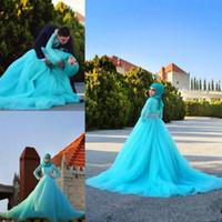 2017 Hidżab Suknie ślubne Arabski Niebieski Tulle Koronki Kryształowe Suknie Ślubne A Linia Sweep Pociąg Długim Rękawem Muzułmańskie Suknie Ślubne Custom Made