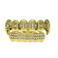 Venta caliente 18 K Oro Brillante Incrustar CZ Rhinestone Hip Hop Dientes boca GRILLZ Tapas Superior Parrilla Inferior Set Vampire Deth Party regalo