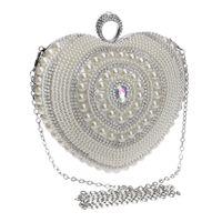 Ny Ankomst Hjärtformad Kvinnor Kvällsspåsar Beaded Small Purse Day Clutches Evening Bags Finger Ring Rhinestones Wedding Handväska