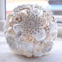 2020 Nouveau mariage de mariée Blanc Ivoire Mode Perles Bouquets perles Broche Bridesmaid artificielles Bouquets de mariage coloré