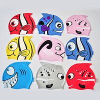 Hot Lovely Children Cartoon Gorro de natación Silicon Diving Impermeable Proteger Oreja Pescado Forma Gorras de natación con alta calidad