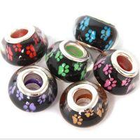 50 unids / lote Mixed Fashion Dog Paw prints Patrón Resina Europea DIY Gran Agujero Núcleo de Plata Charms Perlas para la Fabricación de Joyas de Precio Bajo RSB43