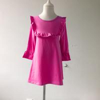 c7455a4aa1311 nouveautés filles robe en coton à volants adorable bébé robe bavoir enfants  robe à manches longues conception