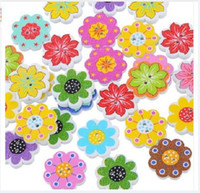 Botones de madera de colores 20mm flores 2 agujeros para la caja de regalo hecha a mano Scrapbook Craft Party Decoration DIY favor accesorios de costura