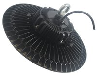 UL DLC répertorié 200W UFO LED haute lumière de la baie 110V-277V 5000K 130lm / W 5 ans de garantie LED lumière industrielle
