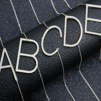 الفولاذ المقاوم للصدأ A-Z الإنجليزية الأبجدية قلادة الأولي الفضة سلاسل الذهب كابيتال إلكتروني قلادة الأزياء والمجوهرات للنساء وستراندي